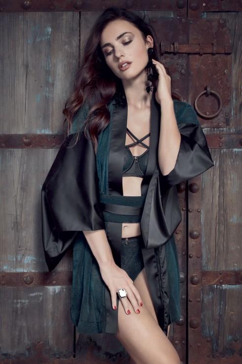 Escora - Amaya Kimono - Black Green